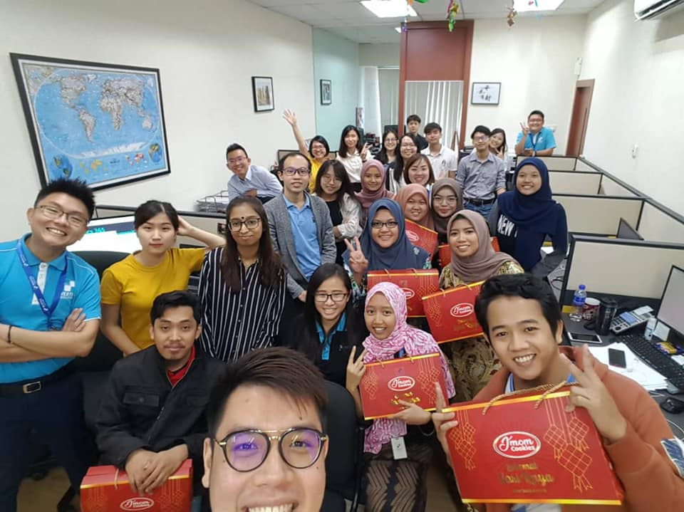 Monthly Meeting with a giving Hari Raya gift for our beloved Malay Colleagues 2019